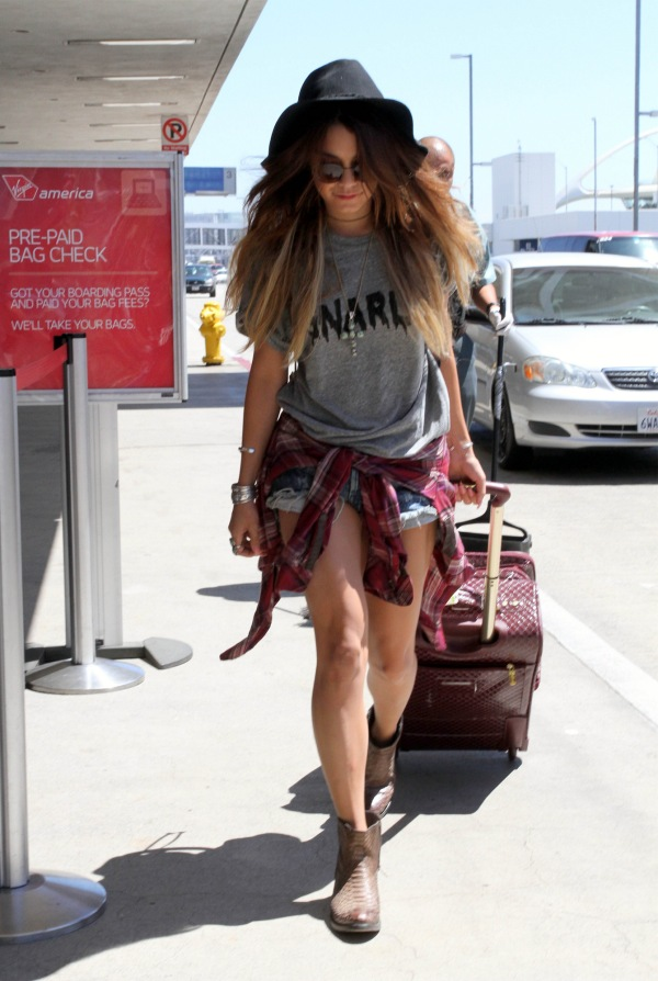 vanessa-hudgens-one-teaspoon-denim-shorts